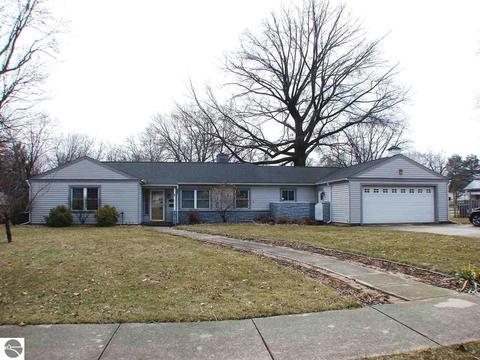 410 E North St, Ithaca, MI 48847