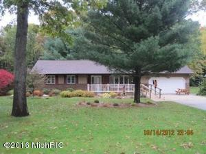 90 Mill Brook Ct, Muskegon MI 49442