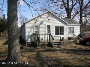 1694 S Mill Iron Rd, Muskegon MI 49442