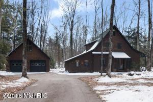 4864 Michigan Trl, Kewadin MI 49648