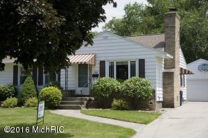 Loans near  Emerald Ave NE, Grand Rapids MI