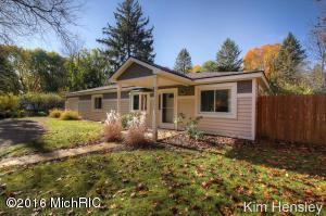 Loans near  Cascade Rd SE, Grand Rapids MI