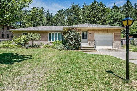 6541 Terry Ln, Sawyer, MI 49125