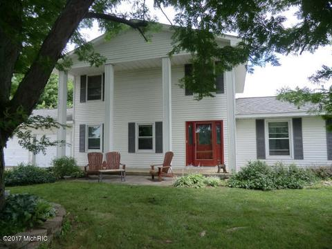 119 N Angola Rd, Coldwater, MI 49036
