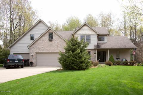 7120 Pin Oak CirAugusta, MI 49012