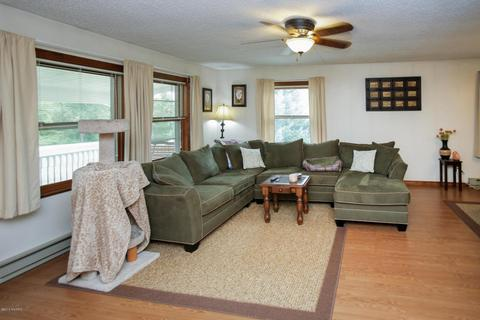 13198 P Dr N, Battle Creek, MI (32 Photos) MLS# 18040522   Movoto