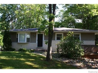 3712 Chesterfield, Lapeer, MI