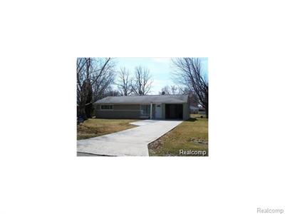 2599 Ivanhoe, West Bloomfield, MI
