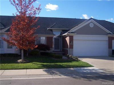 49079 Village Pointe, Utica, MI