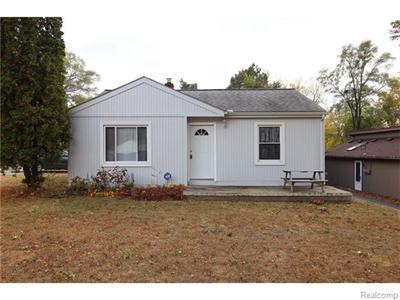 4305 Oakvista, Clarkston, MI