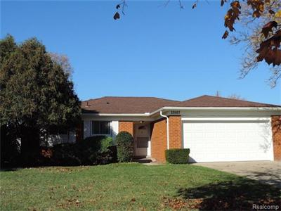 33567 Crestwell, Sterling Heights, MI