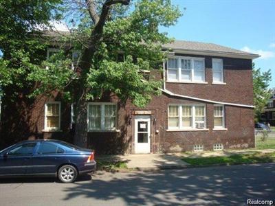 5808 Baker, Detroit, MI