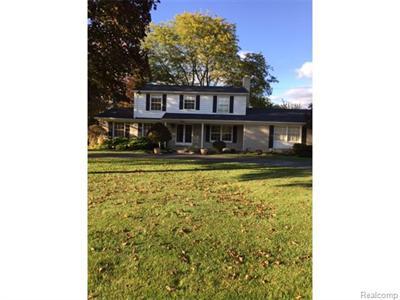 3106 Hartslock Woods, West Bloomfield, MI