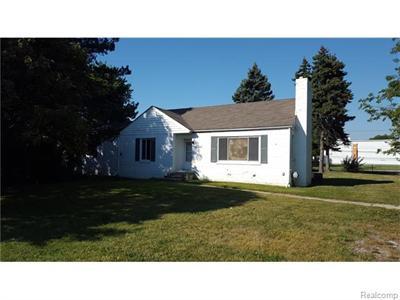 38475 Meadowdale, Clinton Township, MI