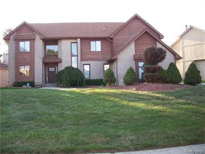 5442 Kingsway Crse, West Bloomfield, MI