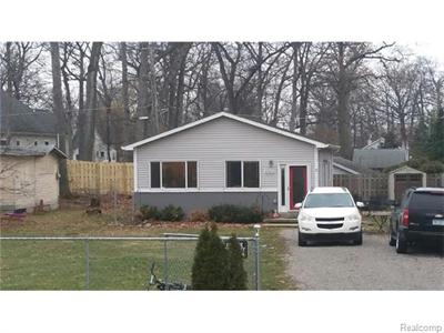 4063 Hazelett, Waterford, MI
