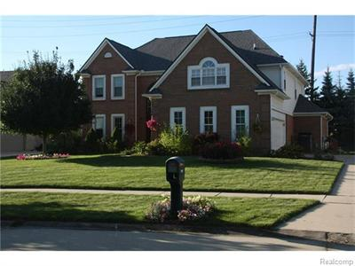 9094 Countrywood, Plymouth, MI