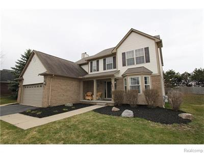 2593 Huntington, Lake Orion, MI