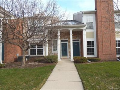 5436 Pine Aires, Sterling Heights, MI