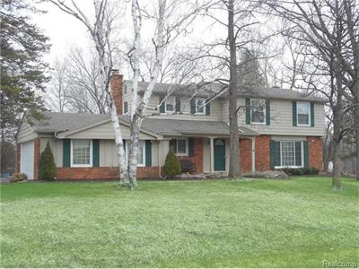 2307 Lost Tree, Bloomfield Hills, MI