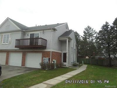 37417 Stonegate Cir, Clinton Township, MI