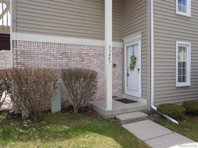 37427 Stonegate Cir, Clinton Township, MI