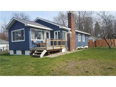 916 Long Lk, Lake Orion, MI