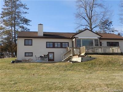 513 N Ponchartrain, White Lake, MI
