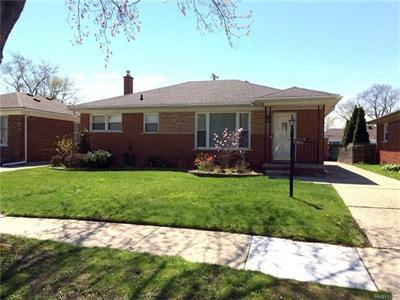 21016 Walton, Saint Clair Shores MI 48081