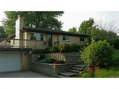 2607 Hathon, Waterford, MI