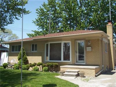21407 Lakebreeze, Saint Clair Shores, MI