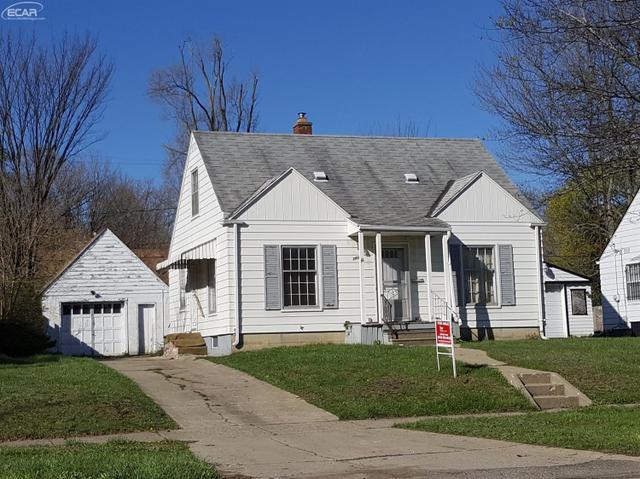 2109 Welch Blvd, Flint MI 48504