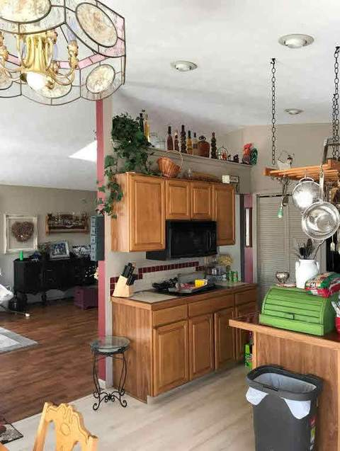 Charming 8812 Colby Rd, Greenville, MI (19 Photos) MLS# MO18006443   Movoto