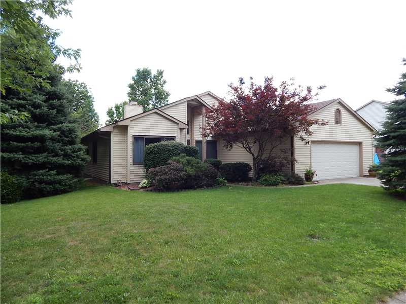 3311 Summerfield Dr, Indianapolis, IN