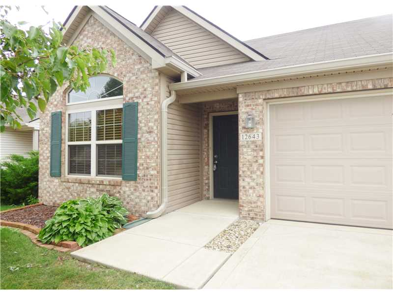 12643 Whisper Way #APT 2a, Fishers, IN