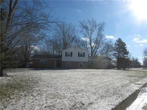 3087 W Sharon Dr, Greenfield IN 46140
