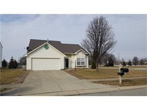 484 Brookstone Dr, Greenfield IN 46140