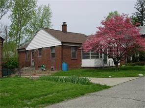 24 Bankers Ln, Indianapolis IN 46201