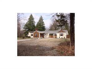 2302 Oak Woods Ln, Westfield IN 46074