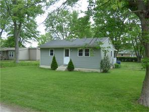 1512 Stockport Dr Muncie, IN 47304