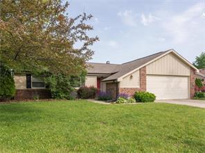 7385 Blue Creek W Dr, Indianapolis, IN