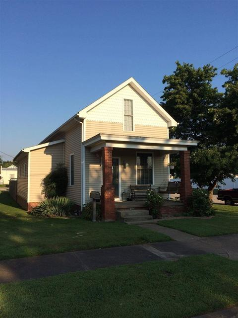 1345 9th St, Tell City, IN 47586