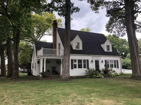 Magnificent 210 Fall St Williamsport In 47993 Home Interior And Landscaping Synyenasavecom