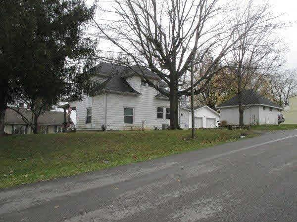 406 Mulberry, Salem IN 47167