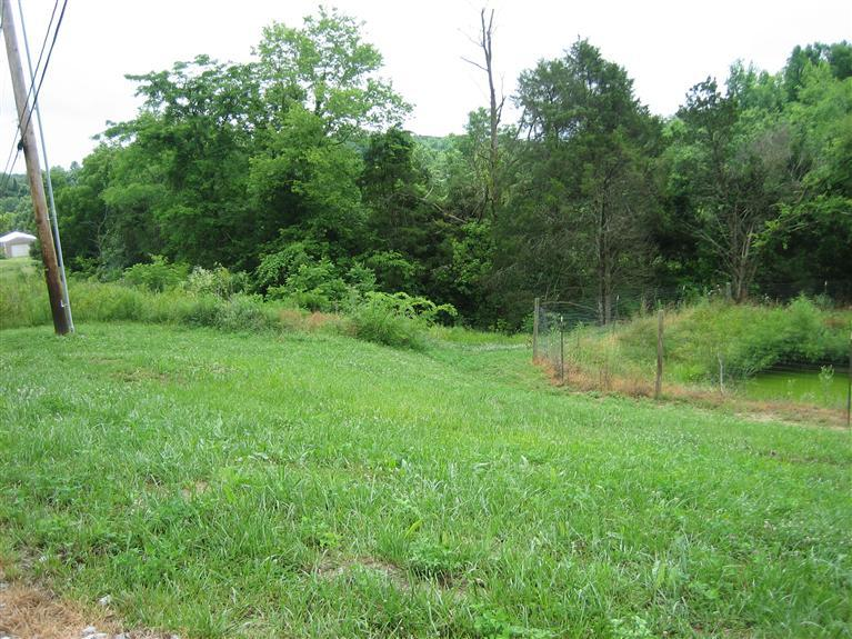 719 Log Lick Rd, Winchester KY 40391