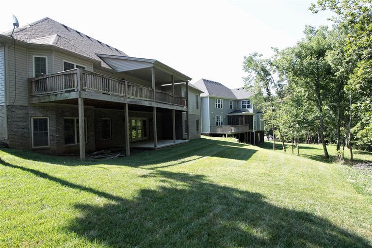 319 Lakeshore Cir, Georgetown KY 40324