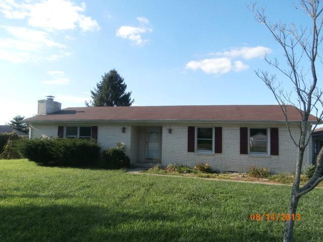 120 Halls Gap Ests, Waynesburg, KY 40489