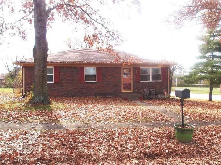 301 Royalty Ct, Nicholasville, KY