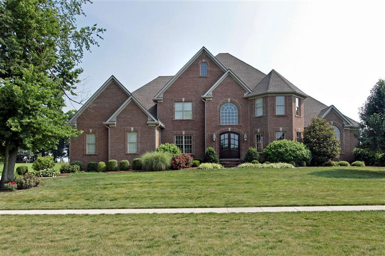 206 Golf Club Dr, Nicholasville, KY