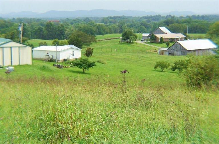 221 Windy Ln, Winchester, KY